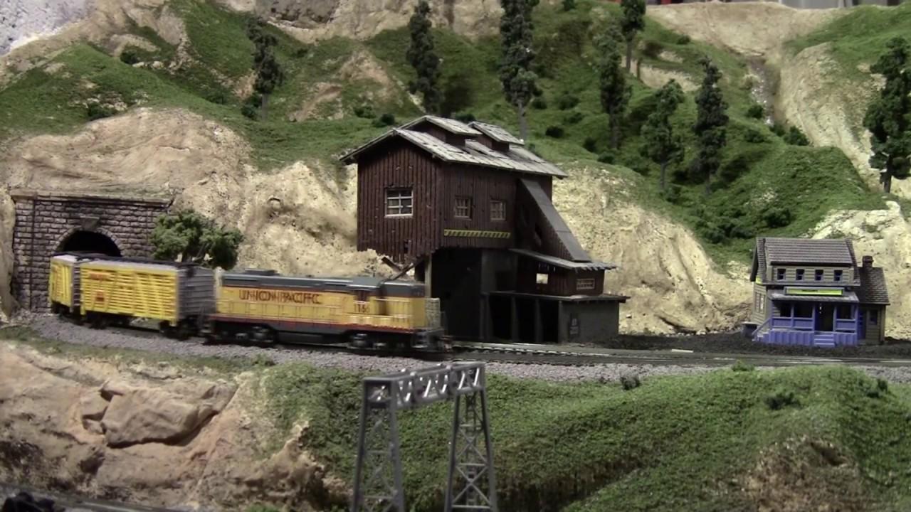 One trip around my N Scale Train Layout - Scenic Ridge