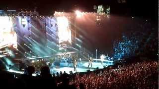 Wrong Guitar!!! Nickelback live in Melbourne Australia 2012 - This Afternoon