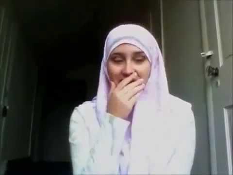 wanita cantik ini menangis saat menceritakan kisahnya
