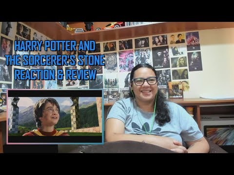 Harry Potter And The Sorcerer's Stone MOVIE REACTION & REVIEW #1 | JuliDG