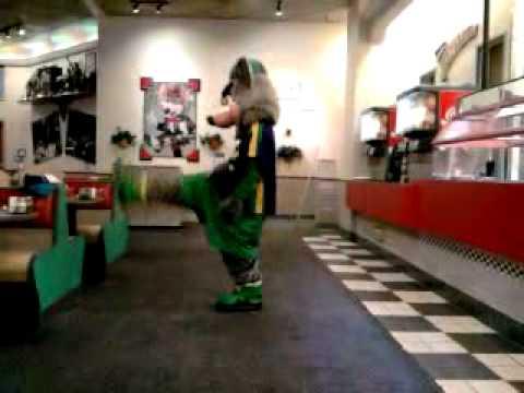 Chuck E Cheese Dancin To Michael Jackson Billy Jean