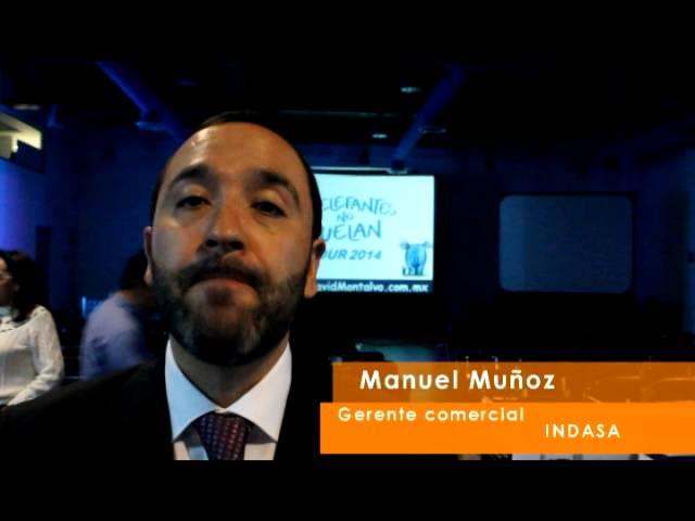 David Montalvo Conferencista y su energía en el escenario