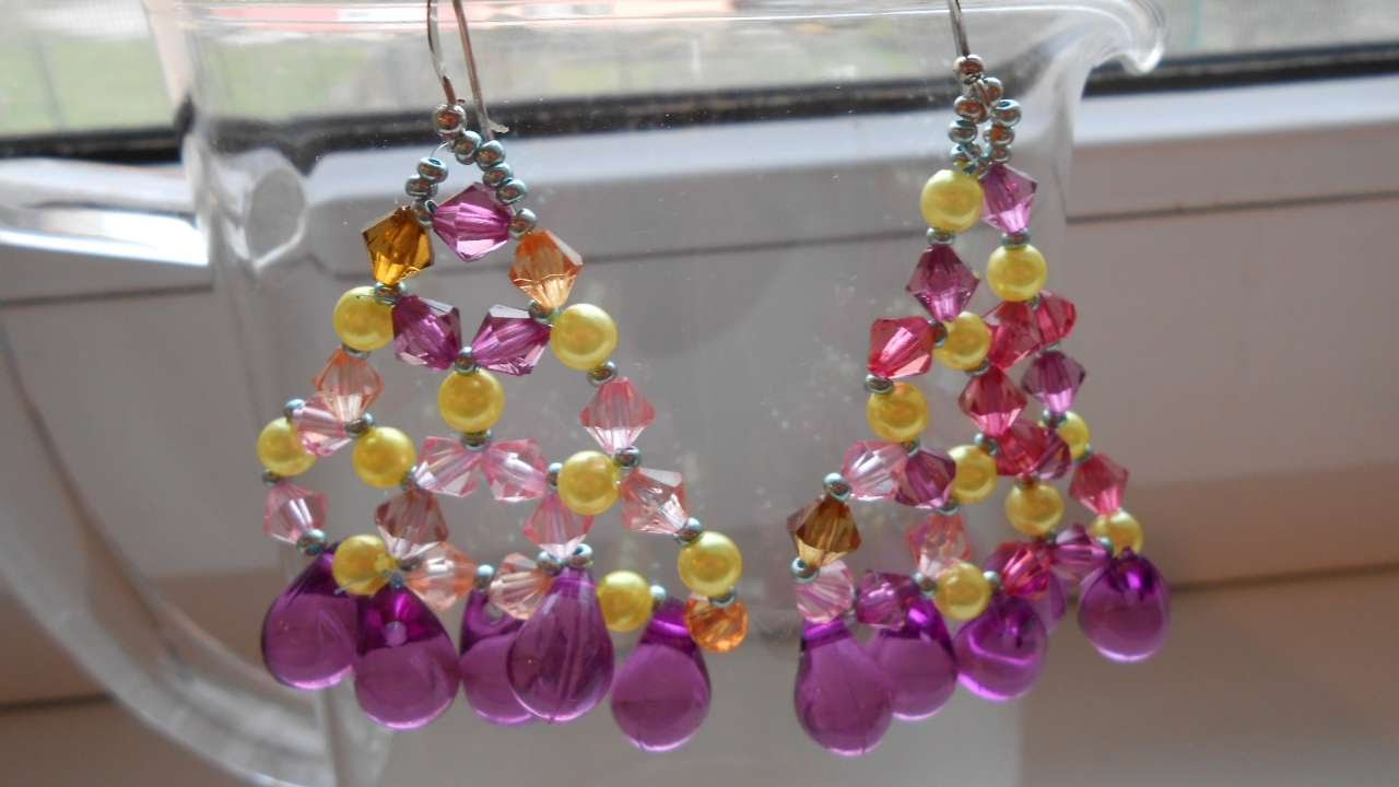 How to create beautiful crystal chandelier earrings diy crafts how to create beautiful crystal chandelier earrings diy crafts tutorial guidecentral aloadofball Images