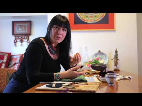 How To Paint A Thangka? Carmen Mensink Explains The Complete Process.
