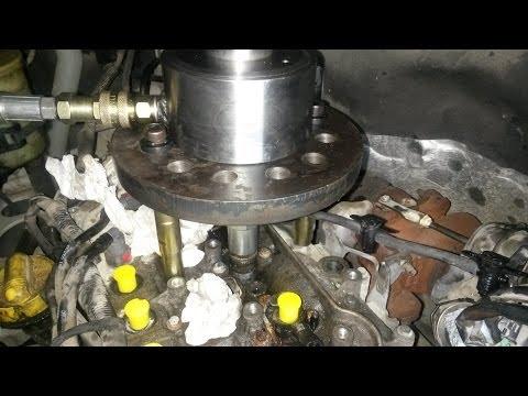 Vivaro Injector Removal At California Garage Malta
