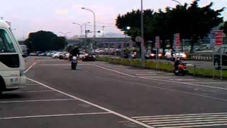 機車花式特技練習-FZR150