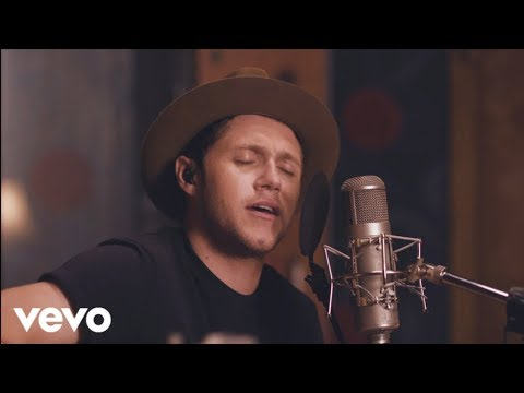 Thumbnail: Niall Horan - Slow Hands (Acoustic)