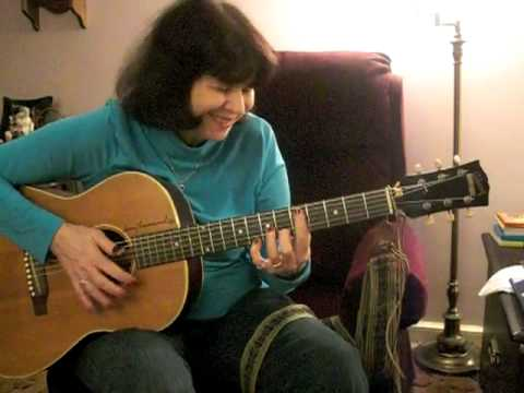 Blue Moon  -  Tommy Emmanuel arrangement