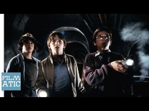 Explorers Trailer - 1985