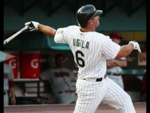 Braves acquire Dan Uggla from Marlins