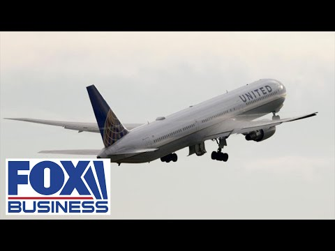 United Airlines CEO stepping down