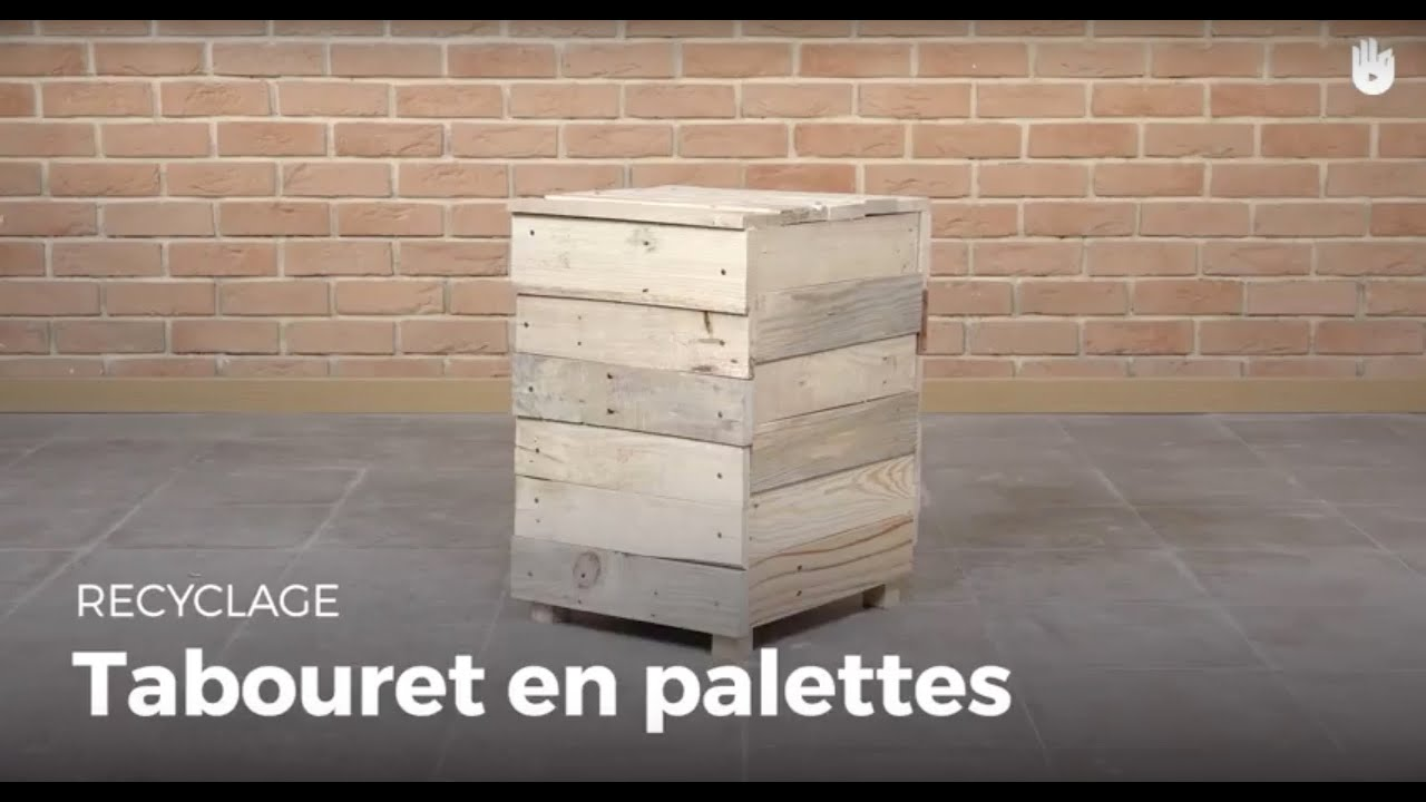 fabriquer un tabouret pouf en bois de palette recycler youtube. Black Bedroom Furniture Sets. Home Design Ideas