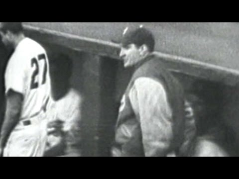 1952WS Gm7: Branca ejected arguing from dugout