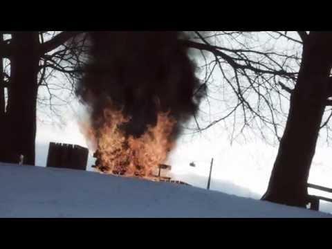 "Vi To Er Smeltet Sammen  - Stoffer & Maskinen (OFFICIAL VIDEO) Featured in the movie ""Copenhagen"""