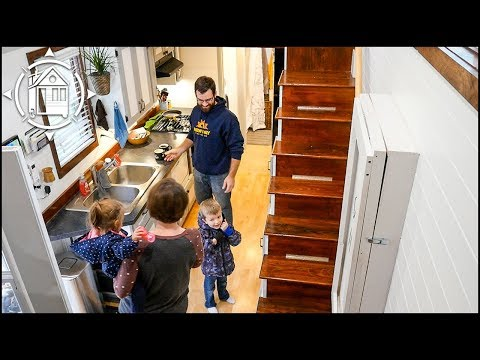 Tiny House Family Cut Their Expenses by 80% with Downsizing!