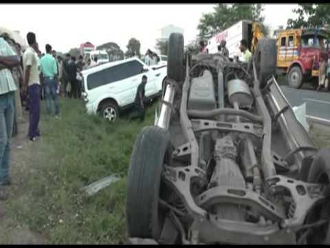 FIRHAD HAKIM AT ABHISHEK BANERJEE CAR ACCIDENT PLACE