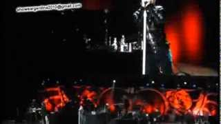 Bon Jovi - You Give Love A Bad Name (Argentina 2013) Jon Stops the show