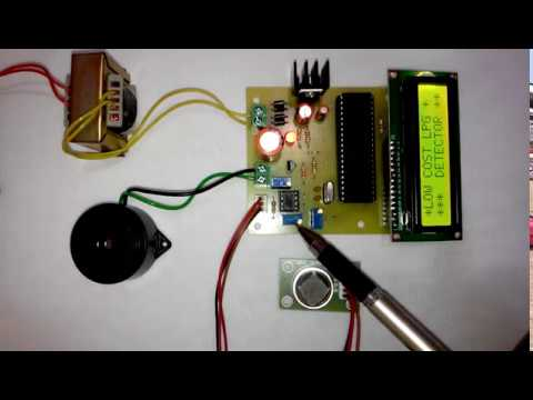 LPG leakage detector with buzzer indication using Microcontroller ...