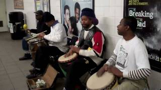 Dumb kids drum in NYC subway