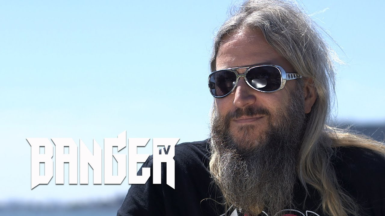 MASTODON's Troy Sanders on the vocal style of Emperor of Sand episode thumbnail