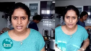 ഇങ്ങനെ ലൈവ് വരല്ലേ എന്നുപറഞ്ഞയാളോട് വേണ്ടെങ്കിൽ പൊയ്ക്കോ എന്ന് സുരഭി   Surabhi Lakshmi Live Video