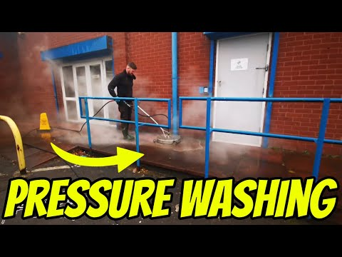 pressure-washing-specialists-in-manchester