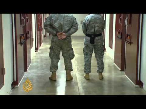 Guantanamo inmates on mass hunger strike