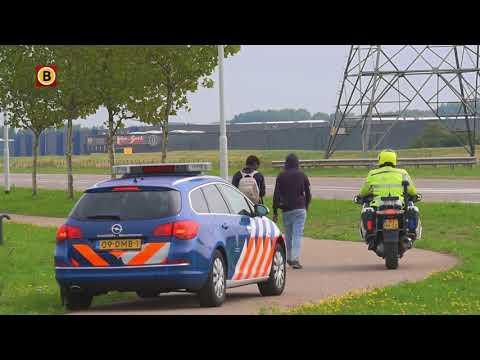 In totaal werden woensdag 32 vluchtelingen opgepakt in Moerdijk.