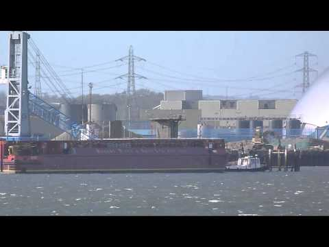 Unedited footage of Terra Marique barge at Marchwood today 4th February 2013.
