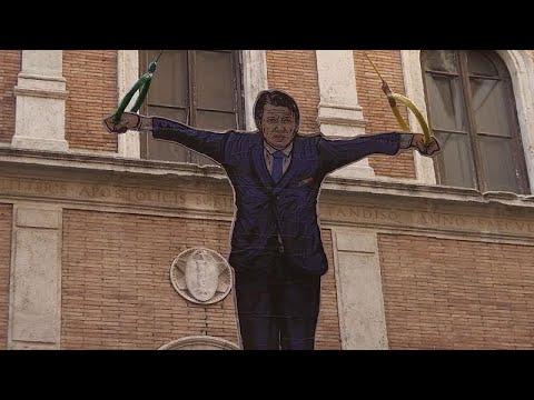 شاهد: فنان يحول رئيس وزراء إيطاليا إلى لاعب جمباز