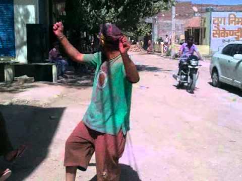 Angrej Singh Having fun on Holi 2012 at Baran, Rajasthan.3gp