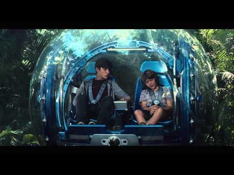 """JURASSIC WORLD - Scena del film in italiano """"I bambini trovano i dinosauri"""""""