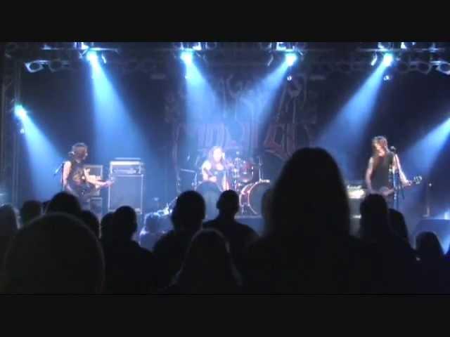 Garagedays - Last Breath   Live in Berlin
