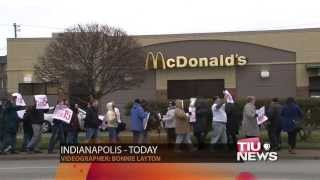 Fast Food Workers Rally For Minimum Wage Increase