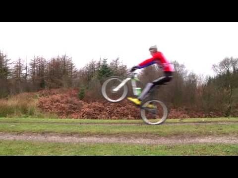 Mountain bike riding techniques: How to perform a manual front wheel lift