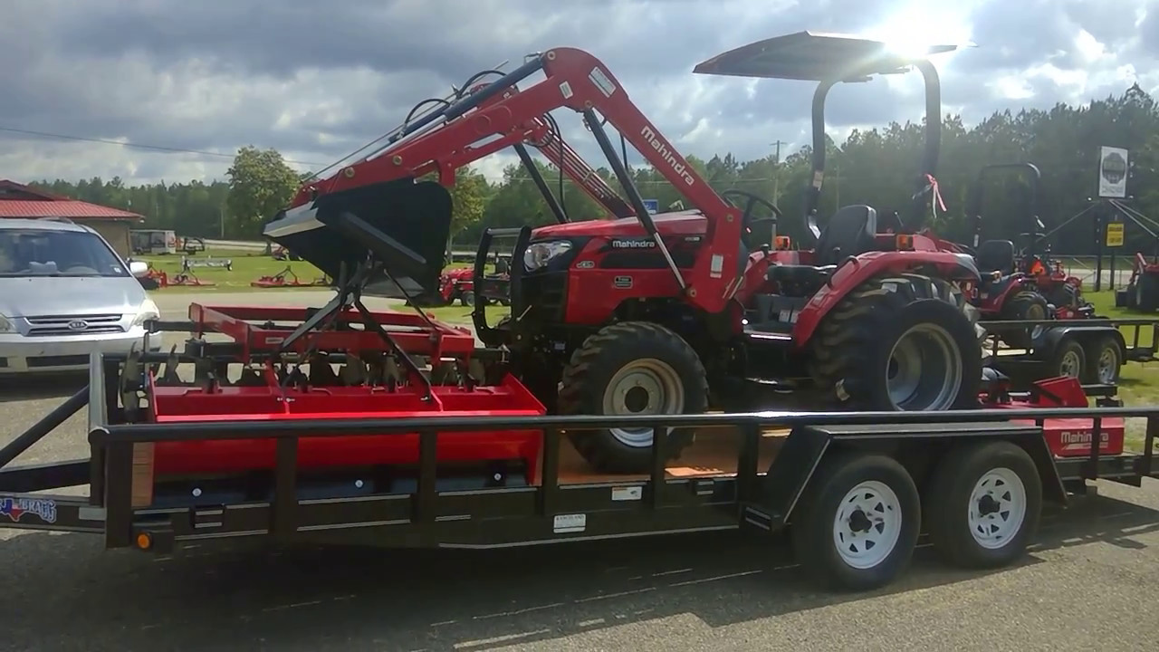 Mahindra 2538 HST Tractor Package