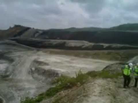 Tambàng Batubara PT Bhumi Rantau Energi (BRE) Hasnur Group .3GP
