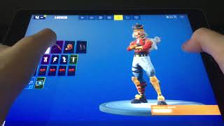 my Fortnite Skins pursued by gliders etc. .. 😱
