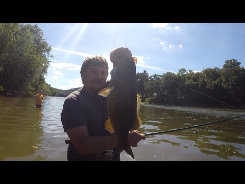 I got schooled on the Smallie Fishing ft. Tim Galati the Smallie Slaya (Whitney Point, NY)