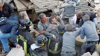 A strong earthquake has struck central Italy, reducing buildings to rubble and leaving at least 21 people dead.
