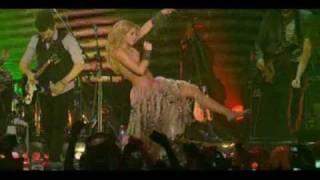 Shakira - Waka Waka (Live Paris Bercy) [HQ]
