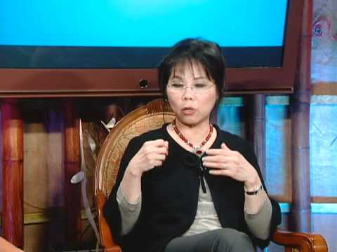 "Lam Thuy Van Show - Chu De "" Breast Cancer "" with Dr. Harness and Dr. Bich Lien Part 2"