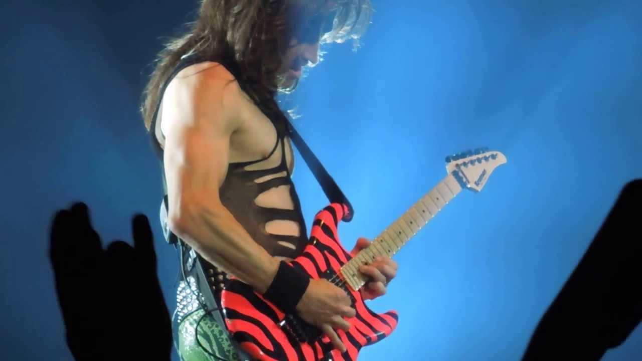satchel 39 s guitar solo steel panther live in pittsburgh pa stage ae 2013 youtube. Black Bedroom Furniture Sets. Home Design Ideas
