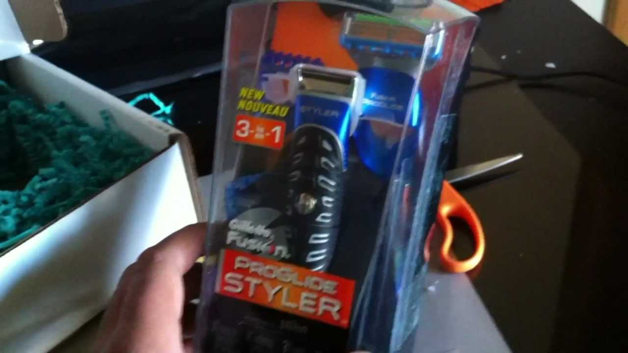 Gilette Fusion ProGlide Styler 3-in-1 Unboxing - YouTube 706a17d76f459