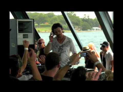 Luciano @ Pulse Radio Boat Party, Sydney 2008-12-06