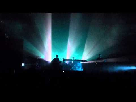 """Night Time"" The xx Live at Pabst Theater - Milwaukee, WI - 10/21/12"