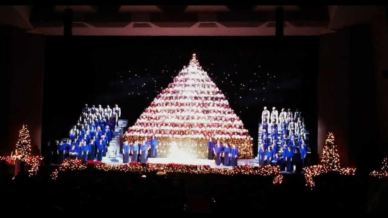 Singing Christmas Tree Portland.Angels We Have Heard On High By Singing Christmas Tree Portland