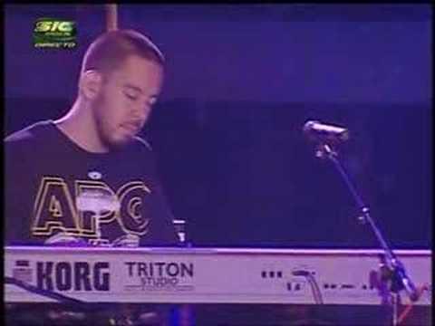Linkin Park - Pushing Me Away (piano version @ Oeiras Alive]