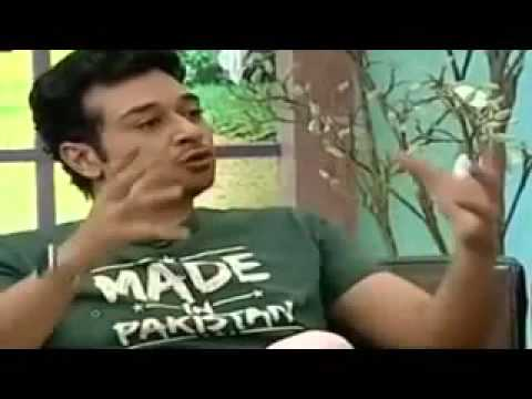 Faisal Qureshi Slapped to Saif Ali Khan On 'Phatom' Movie