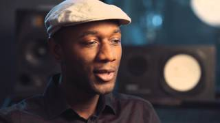 "Aloe Blacc & LeAnn Rimes Talk About Recording ""That Spirit of Christmas"""